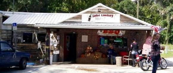 Lake Lindsey Mall